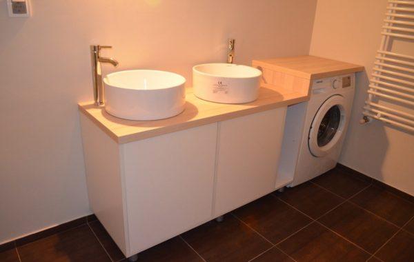 Mobilier de baie pentru lavoare aplicate